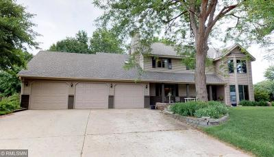 Shakopee Single Family Home For Sale: 1279 Limestone Drive S