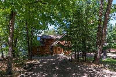 Breezy Point, Crosslake Single Family Home For Sale: 11682 Manhattan Point Boulevard