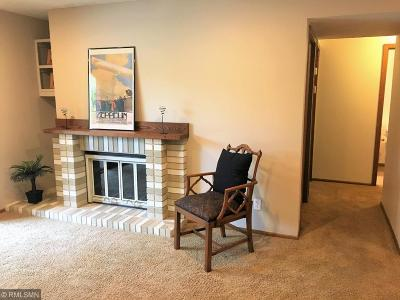 Bloomington MN Condo/Townhouse For Sale: $179,900
