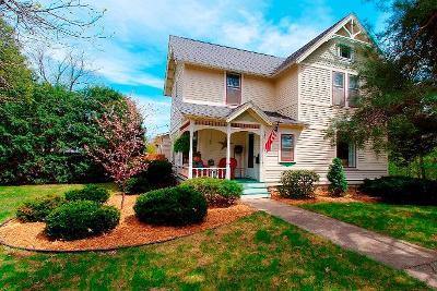 Faribault Single Family Home For Sale: 405 5th Avenue NE