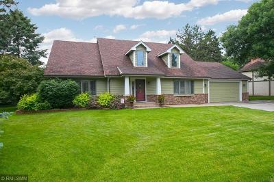 Eden Prairie Single Family Home For Sale: 10403 Brown Farm Circle