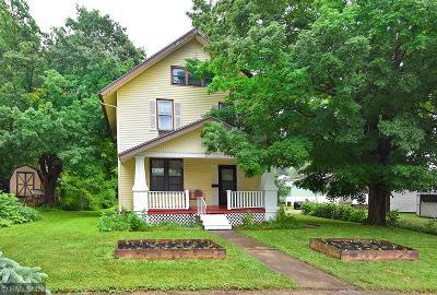 Faribault Single Family Home For Sale: 11 Mott Avenue SE