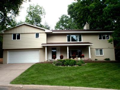Edina Single Family Home For Sale: 5646 Interlachen Circle