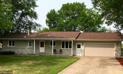 Burnsville Single Family Home For Sale: 2504 Highland View Avenue S