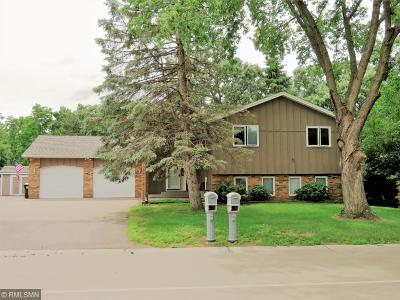 Coon Rapids Single Family Home For Sale: 330 105th Avenue NW