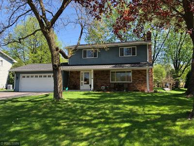 Edina Single Family Home For Sale: 6411 Limerick Drive