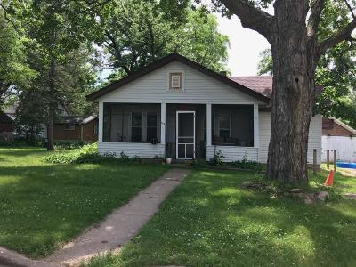 Single Family Home For Sale: 116 Vine Street