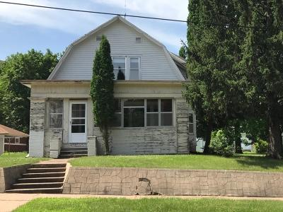 Durand Single Family Home For Sale: 617 1st Street
