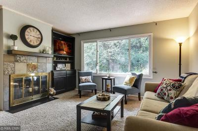 Eden Prairie Condo/Townhouse For Sale: 6351 Saint Johns Drive