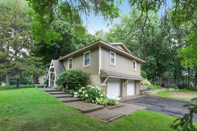 Eden Prairie Single Family Home For Sale: 19070 Homestead Circle