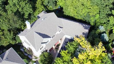 Bloomington Single Family Home For Sale: 8001 Lea Circle