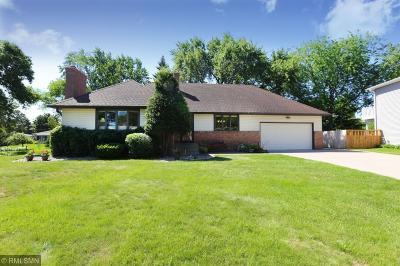 Roseville Single Family Home For Sale: 330 Maple Lane Court