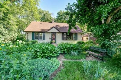 Roseville Single Family Home For Sale: 701 County Road B2 W