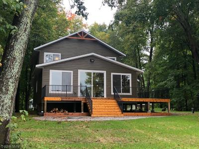 Single Family Home For Sale: 51517 Long Point Place