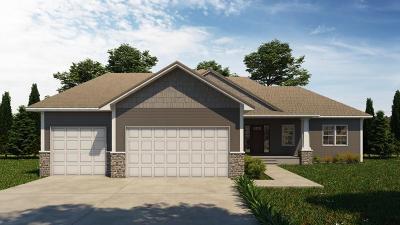 Loretto Single Family Home For Sale: 650 Prairieview Lane