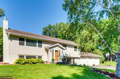 Minnetonka Single Family Home For Sale: 5700 Scenic Drive