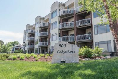 Lake City Condo/Townhouse For Sale: 900 S Lakeshore Drive #302