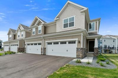 Maple Grove Condo/Townhouse For Sale: 8089 Cottonwood Lane N