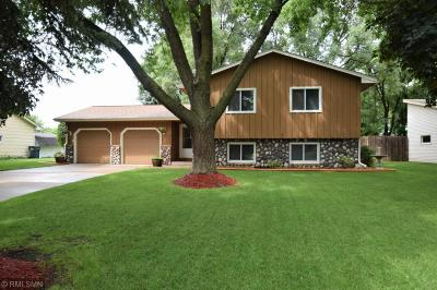 Coon Rapids Single Family Home For Sale: 11420 Kerry Street NW