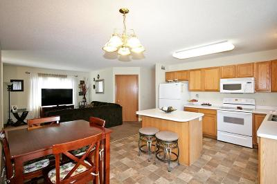 Hutchinson Condo/Townhouse For Sale: 1848 Scenic Heights Court SW