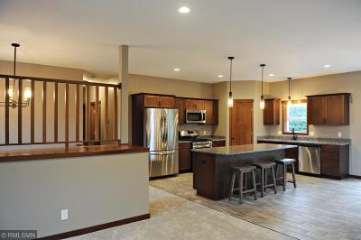 Single Family Home For Sale: 611 Jefferson Street