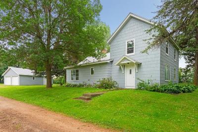 Scott County Single Family Home For Sale: 23215 Helena Boulevard