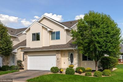 Shakopee Condo/Townhouse For Sale: 1647 Delaney Lane