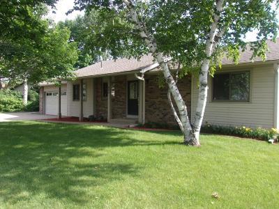 Burnsville Single Family Home For Sale: 604 E 145th Street