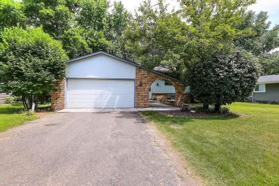 Fridley Single Family Home For Sale: 6471 Arthur Street NE
