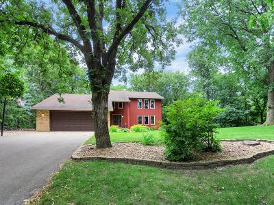 Eagan Single Family Home For Sale: 4850 Sheffield Lane
