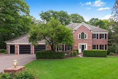 Shorewood Single Family Home For Sale: 19705 Chartwell Hill