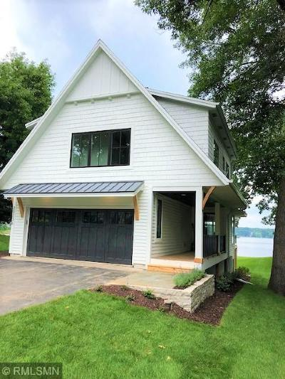 Deephaven Single Family Home For Sale: 20236 Cottagewood Road