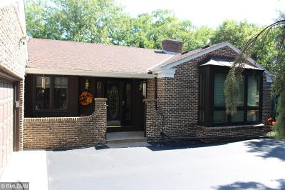 Bloomington Single Family Home For Sale: 8141 Kingslee Road