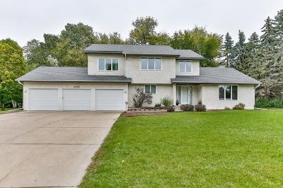Plymouth Single Family Home For Sale: 2900 Pilgrim Lane N