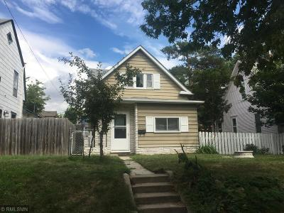 Minneapolis MN Single Family Home For Sale: $160,000