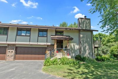 Eagan MN Condo/Townhouse For Sale: $209,900