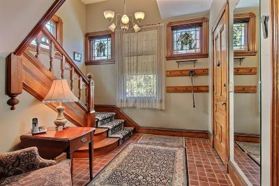 Minneapolis Single Family Home For Sale: 2648 Emerson Avenue S