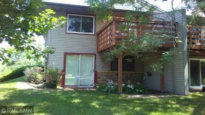 Shoreview Condo/Townhouse For Sale: 4162 Sylvia Lane S