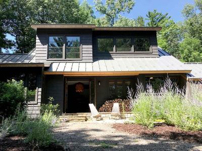 Minnetonka Single Family Home For Sale: 11910 Hilloway Road W