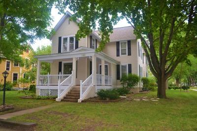 Single Family Home For Sale: 1102 6th Street