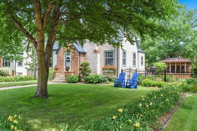Minneapolis Single Family Home For Sale: 5617 Elliot Avenue