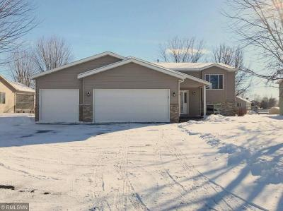Sauk Rapids Single Family Home For Sale: 1845 Eastern Star Loop