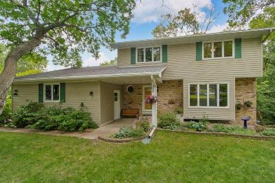 Fridley Single Family Home For Sale: 5411 Matterhorn Drive NE