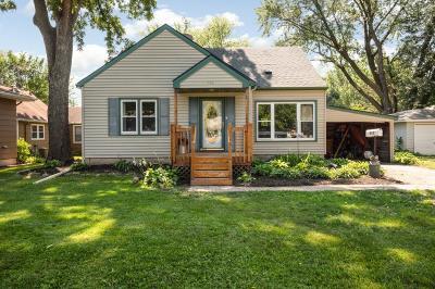 Farmington Single Family Home For Sale: 612 Walnut Street