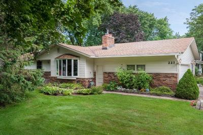 Shoreview Single Family Home Contingent: 227 Snail Lake Road