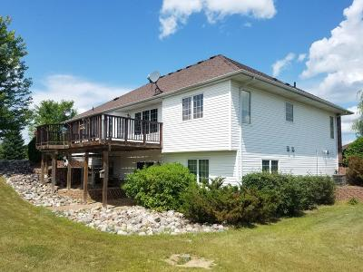 North Branch Single Family Home For Sale: 4403 366th Court