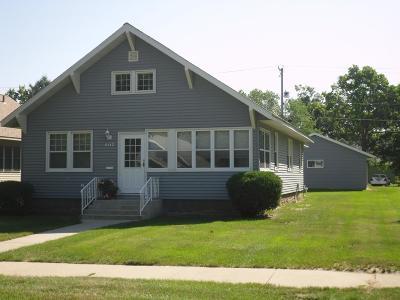 Sauk Centre Single Family Home For Sale: 607 Birch Street S