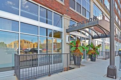 Condo/Townhouse For Sale: 521 S 7th Street #322