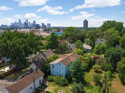 Minneapolis Multi Family Home For Sale: 623 Taylor Street NE