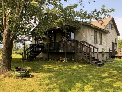 McGregor Single Family Home For Sale: 32977 State Hwy 65